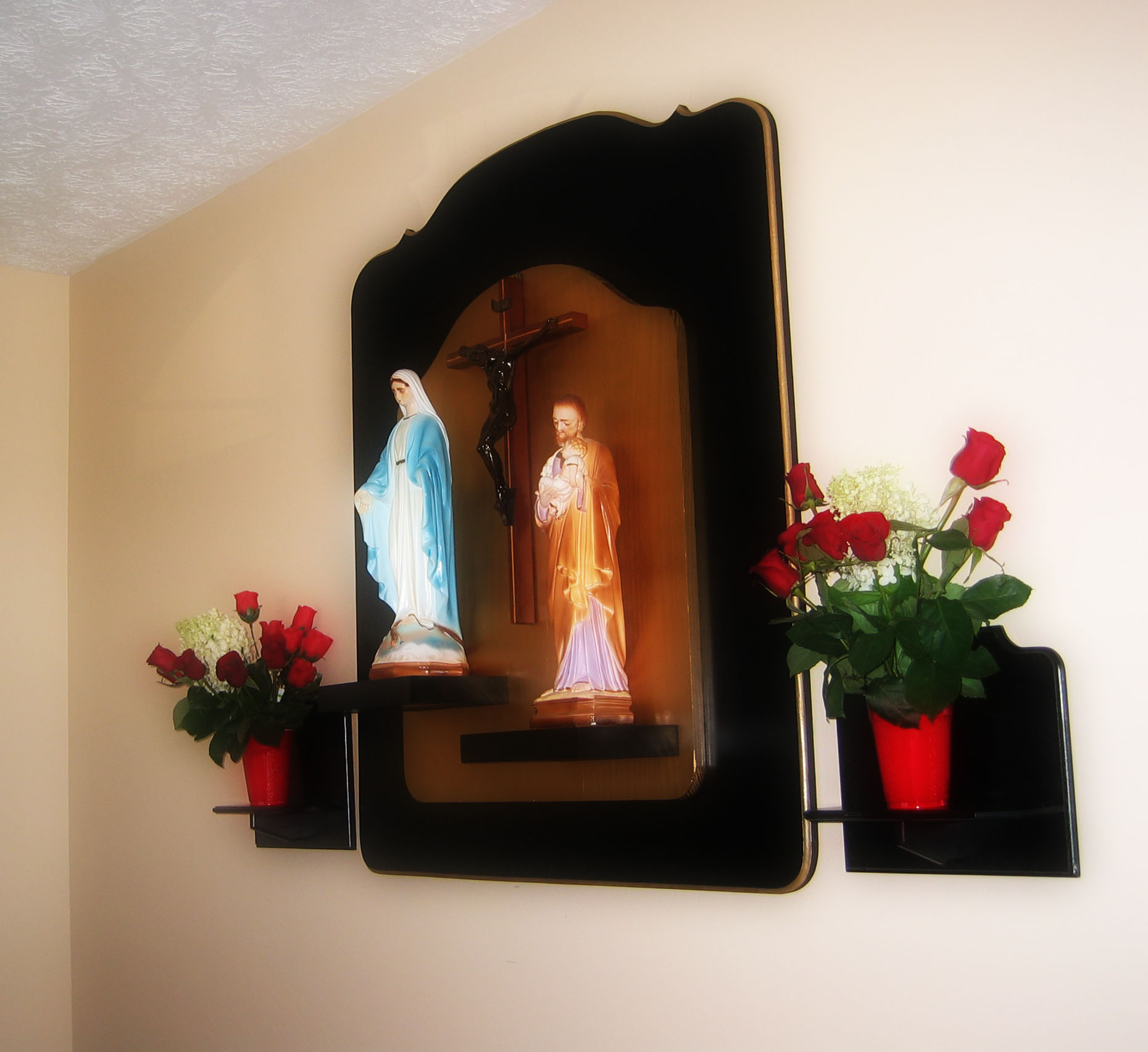 Home altar for Altar wall decoration