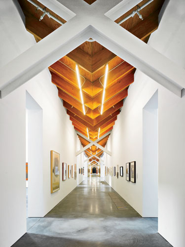 Parish-Art-Museum-ArchRecord_Roland_Halbe